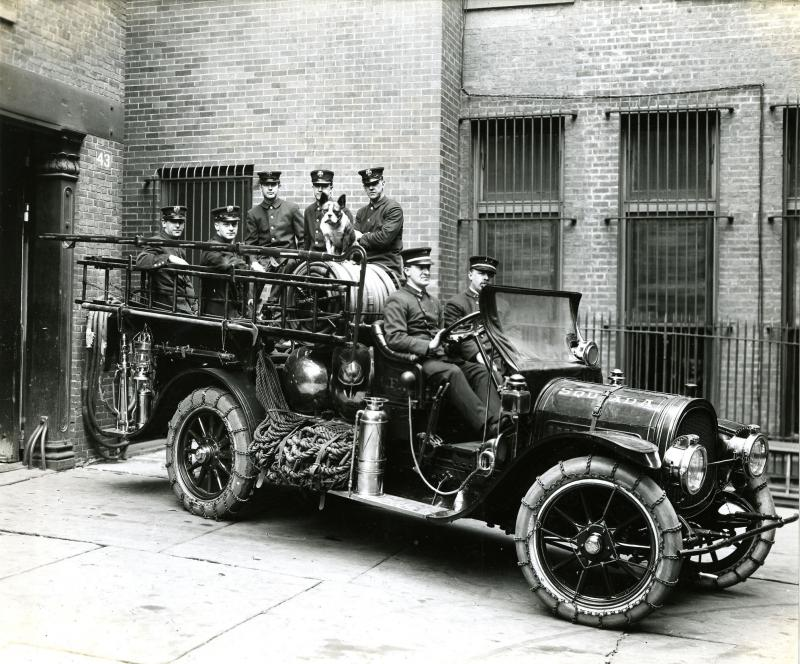 Hartford Fire Department, Squad A, Headquarters, 43 Pearl Street. Firemen are Charles J. Kensel (at wheel), Herbert Bagshaw (on seat), and Wm. F. Lehmann, John Tonkinson, Philip E. Duffy, William F. Malloy & Jos. X. O'Connor (in car).