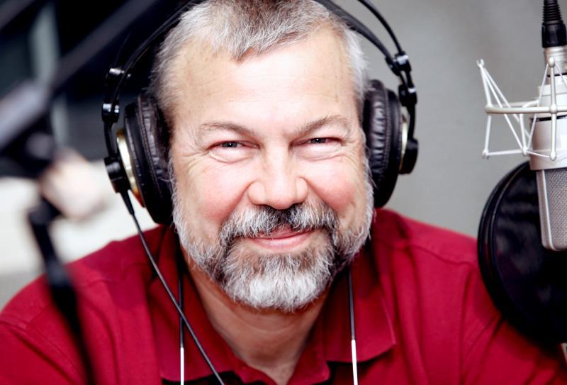 Stewart (Chip) Beckett is the senior veterinarian of Beckett & Associates Veterinary Practices in Glastonbury, Connecticut.