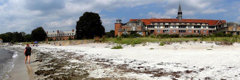 Seaside sits on prime coastal land.