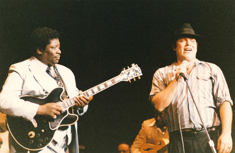 David Foster on stage with blues legend B.B. King in Springfield, Massachusetts, in 1980.