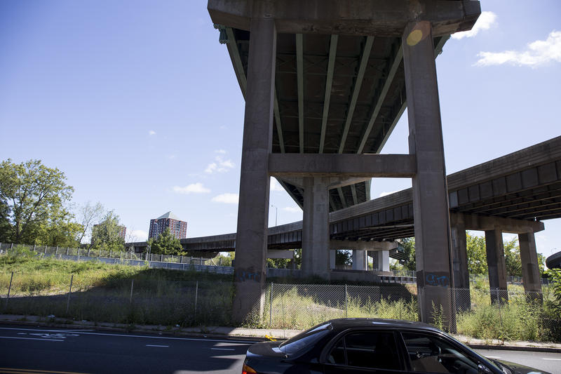 A section of the elevated part of I-84 in Hartford.