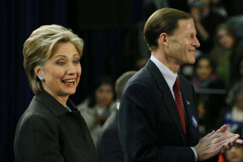 Hillary Clinton and Richard Blumenthal at a rally in Hartford on January 27, 2008.