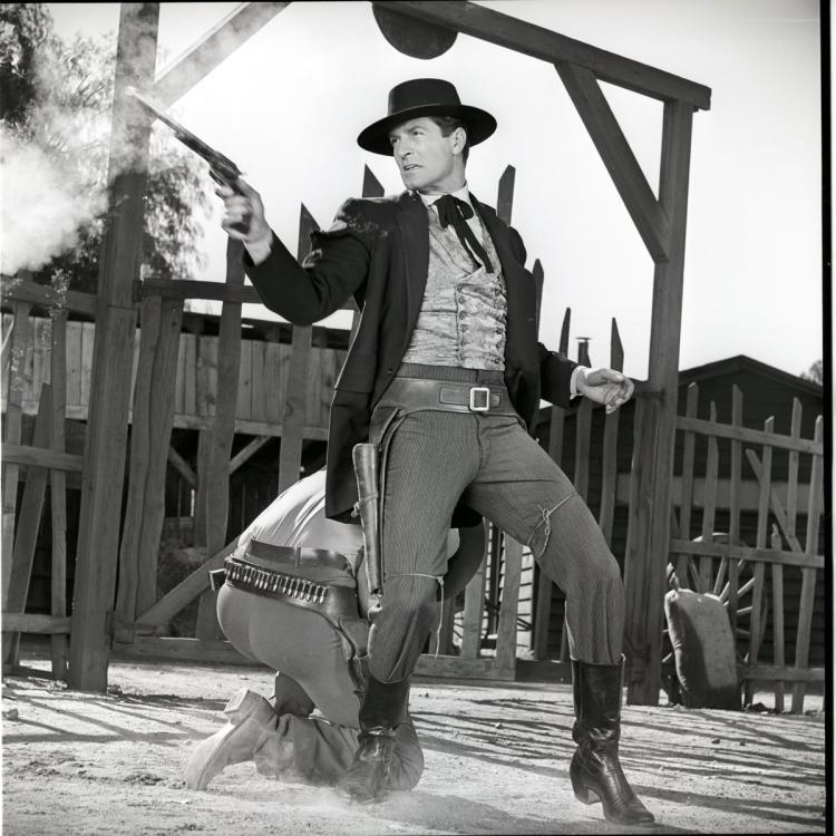 Hugh O'Brian starred as Wyatt Earp from 1955 to 1961.