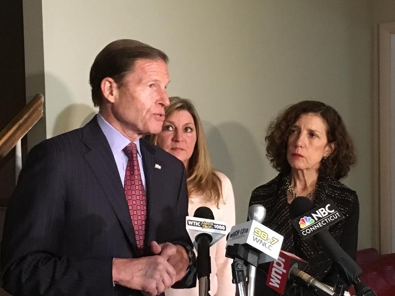Senator Richard Blumenthal, with Lisa Cote Johns, and New London's director of  Human Services Jeannie Milstein.