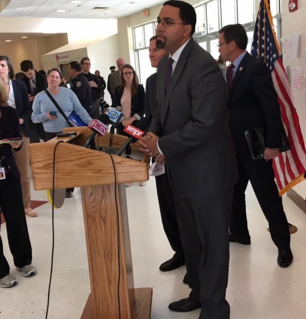 "U.S. Education Secretary John King Jr. made a stop in New Haven Monday as he wraps up his ""Opportunity Across America"" tour."