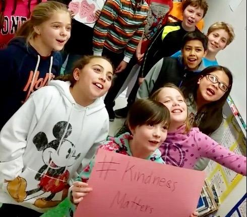 Students at Bear Path School in Hamden promote random acts of kinndness.