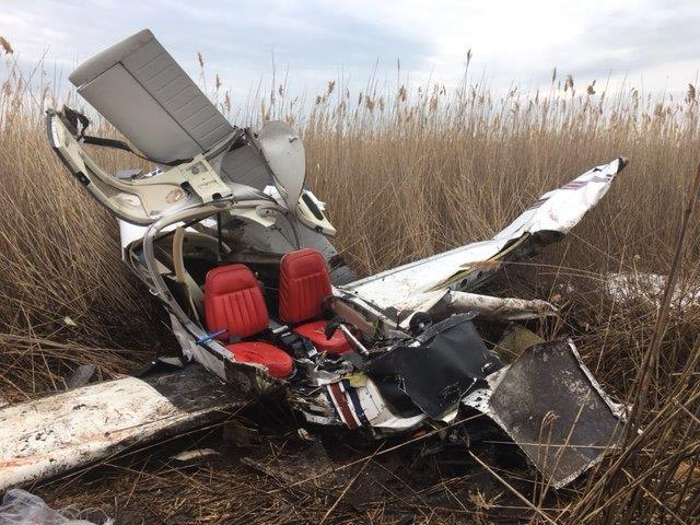 A single-engine aircraft crashed near Tweed New Haven Airport