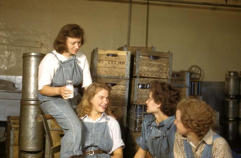 Farm Femmes, UConn Creamery, 1942