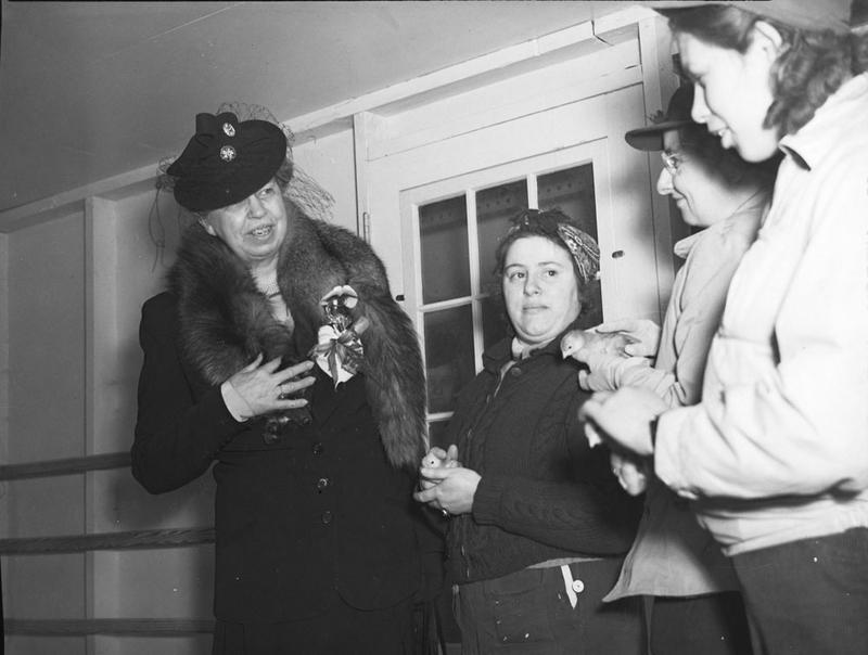 Eleanor Roosevelt at Storrs, 1943