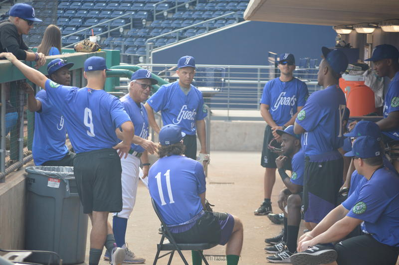 Jerry Weinstein meets with his team in the home dugout before the Yard Goats' final 2017 home game on August 31.