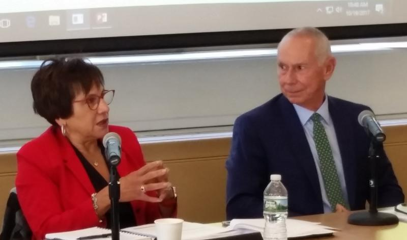 Yvette Meléndez, vice chairman of the Board of Regents, with Mark Ojakian, president of Connecticut Colleges and Universities.
