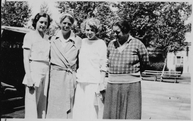 Eleanor Roosevelt (second from left) and Lorena Hickok (far right)