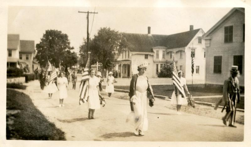 The Noank Memorial Day Parade, 1940.