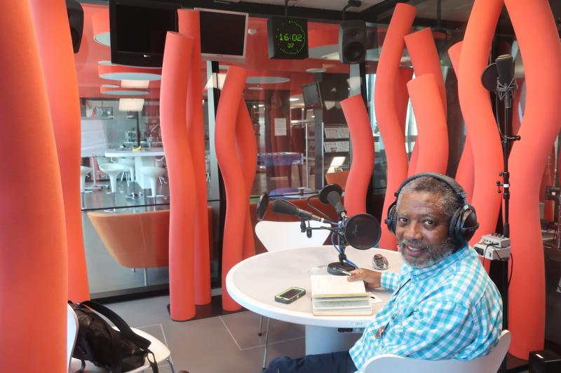 Guest Norman Garrick joined from the studios of SRF Radio in Zürich