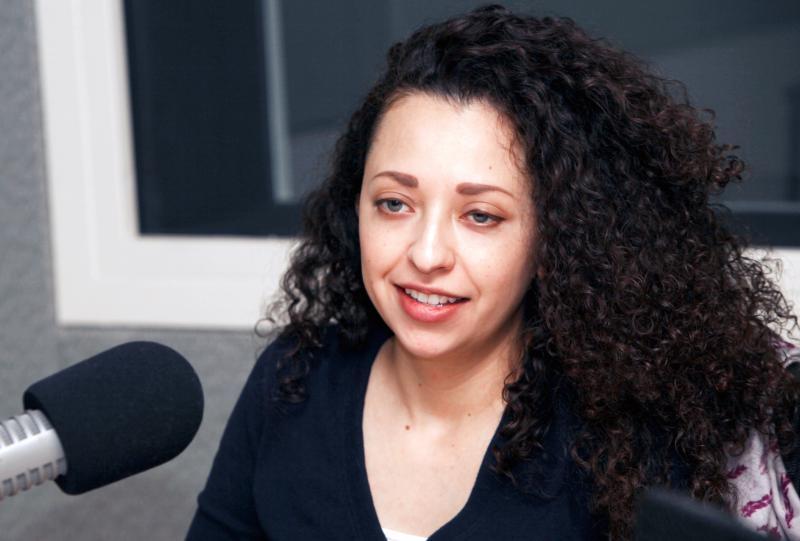 Vanessa de la Torre - Reporter for WNPR/Connecticut Public Radio; she is also part of the public radio collaborative Sharing America (@vdelatorre).