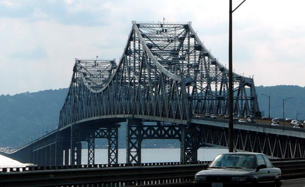 The current Tappan Zee Bridge from Westchester County, New York.