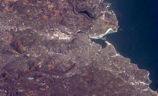 Astronaut Rick Mastracchio tweeted this photo of New Haven on January 10, 2014. He said he uses the Elm City as a landmark to find other cities in Connecticut.