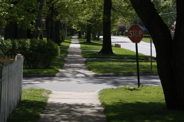A sidewalk in Newington.