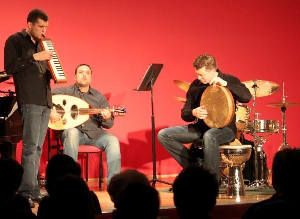 Trio Shalva.