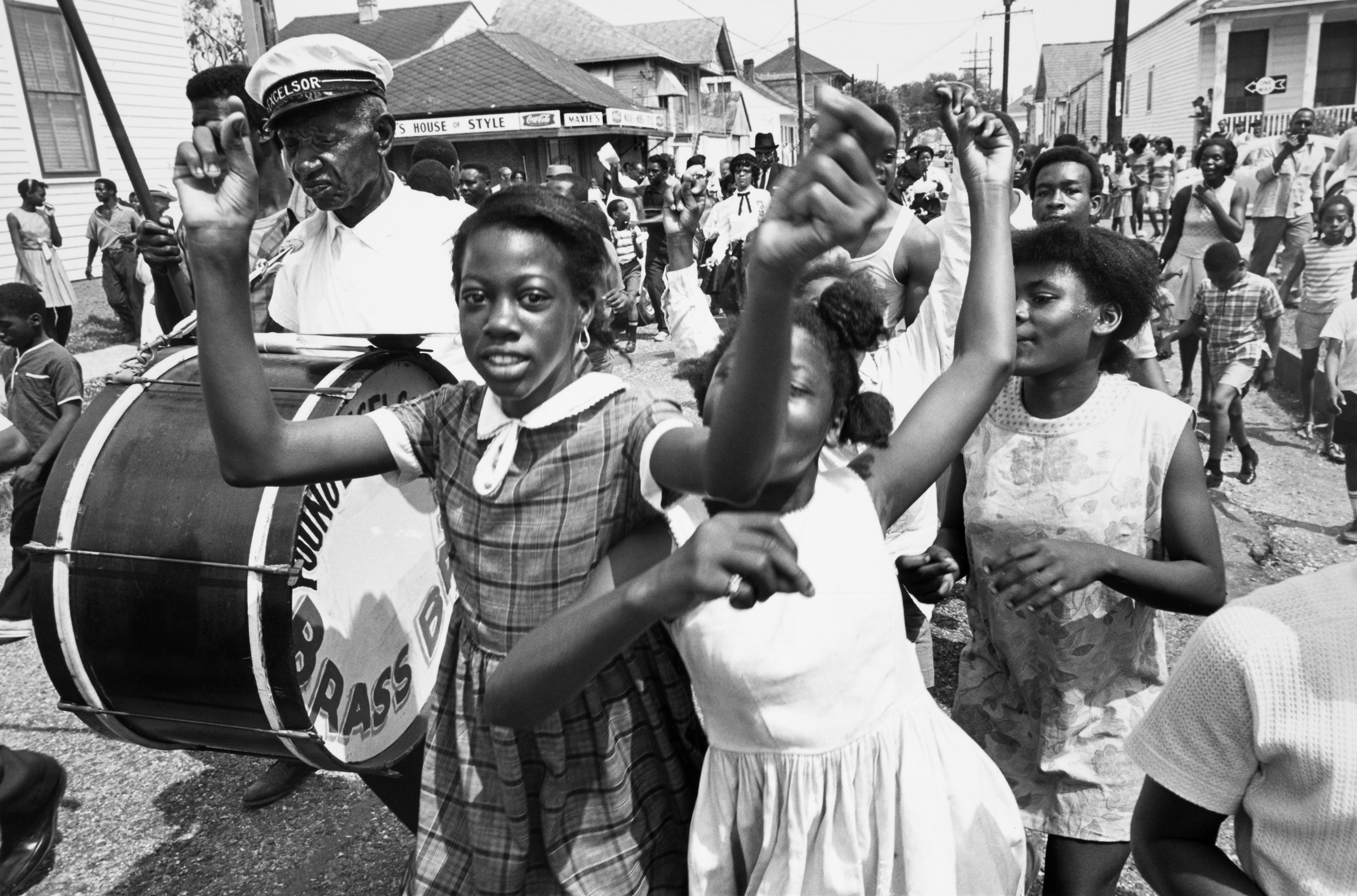 the history of jazz As part of the culture & change: black history in america online learning activity, students can learn about the history of jazz (grades 3 and up), which was adapted from the jazz for young people curriculum by jazz at lincoln center.