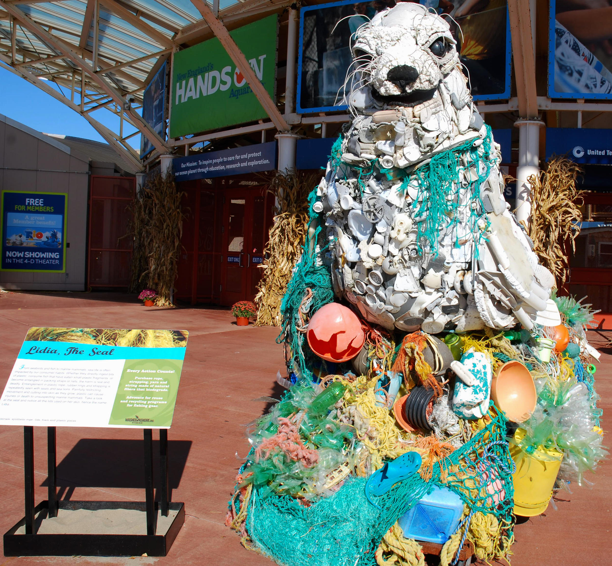 An exhibition features ocean creatures sculpted from collected beach ...