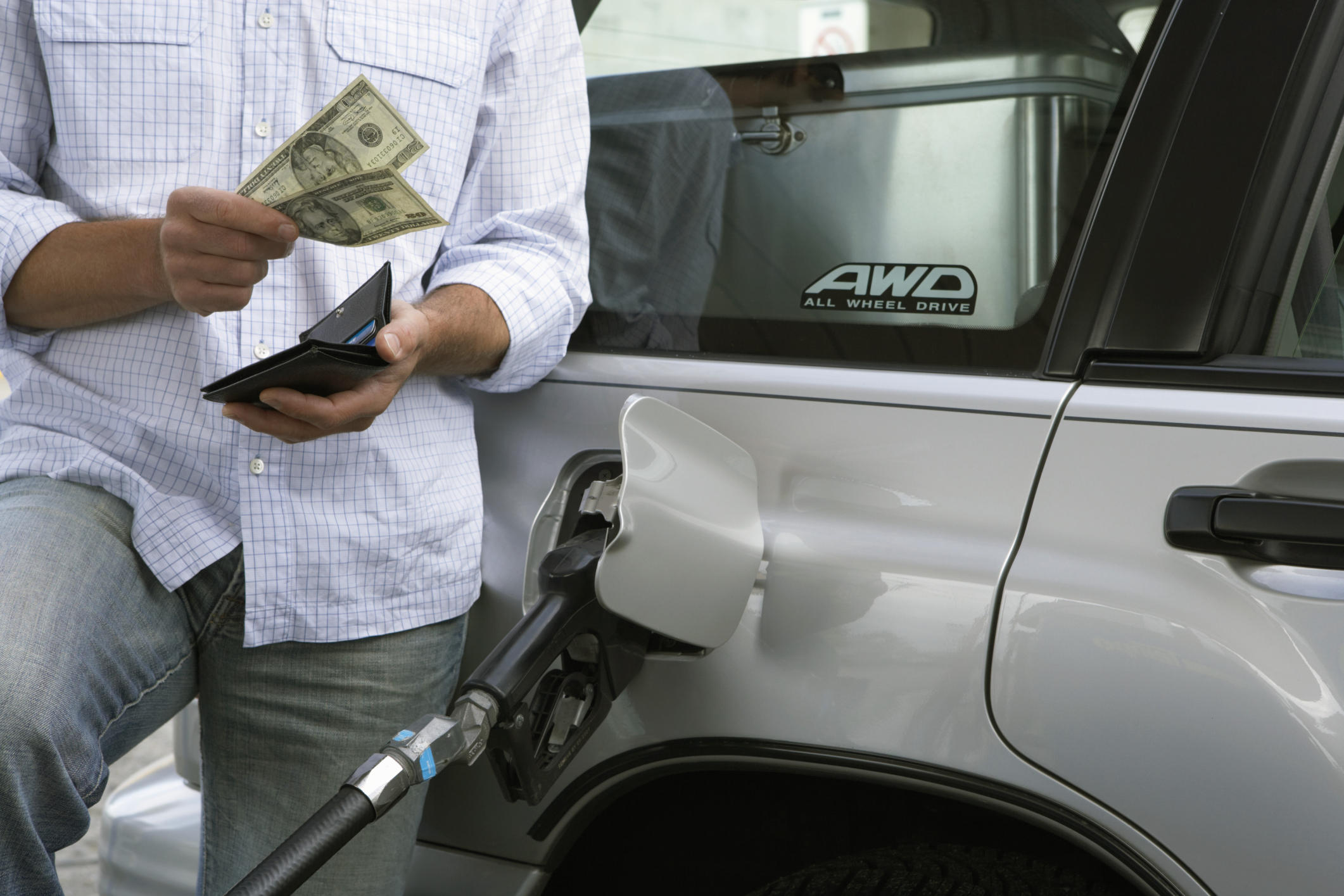 Texas retail gasoline prices down 3 cents this week