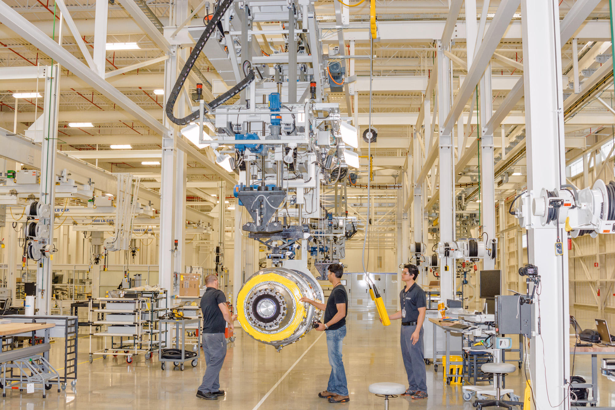 Pratt And Whitney S Moving Assembly Takes Jet Engines Back