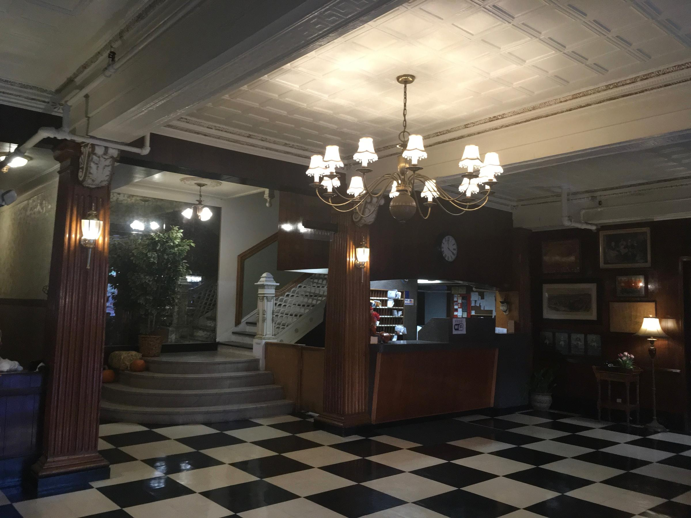 The Lobby Of Hotel Duncan