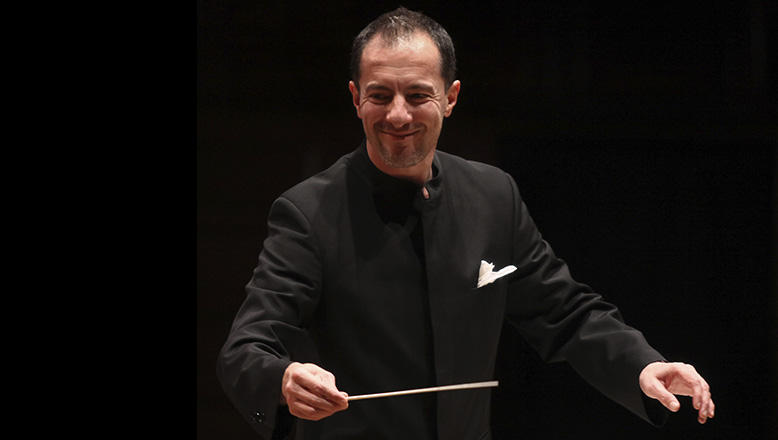 Rossen Milanov conducts the Columbus Symphony.