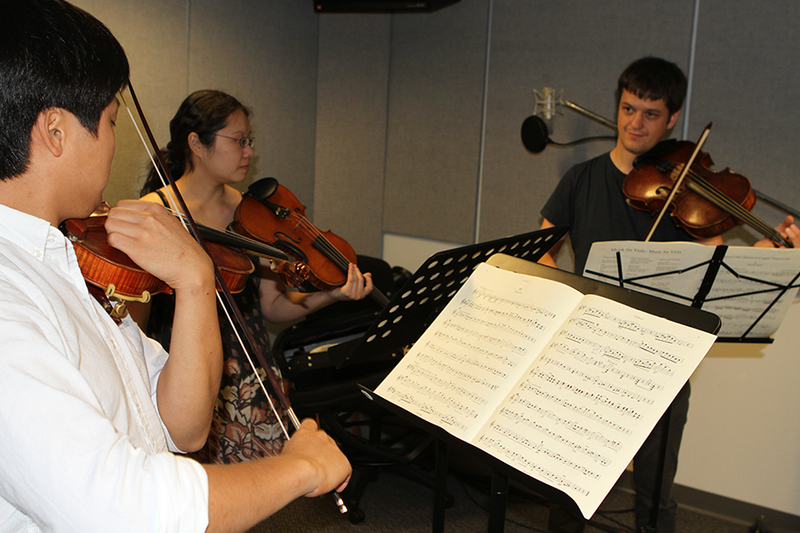 Violinists Siwoo Kim and Alicia Hui and violist John Stulz perform in the Classical 101 studio in advance of the VIVO Music Festival