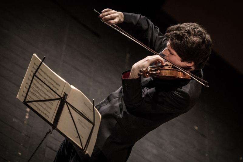 German violinist Augustin Hadelich performing
