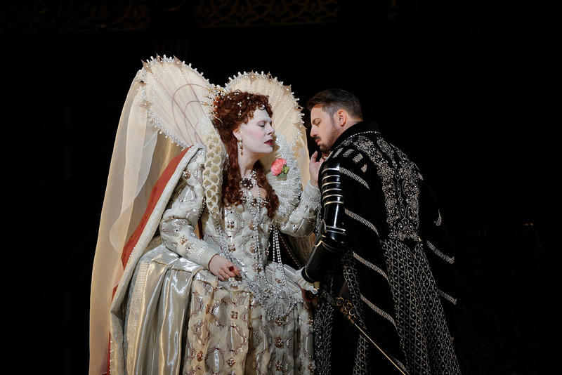 An enchanted Queen Elizabeth I is played by soprano Sondra Radvanovsky.