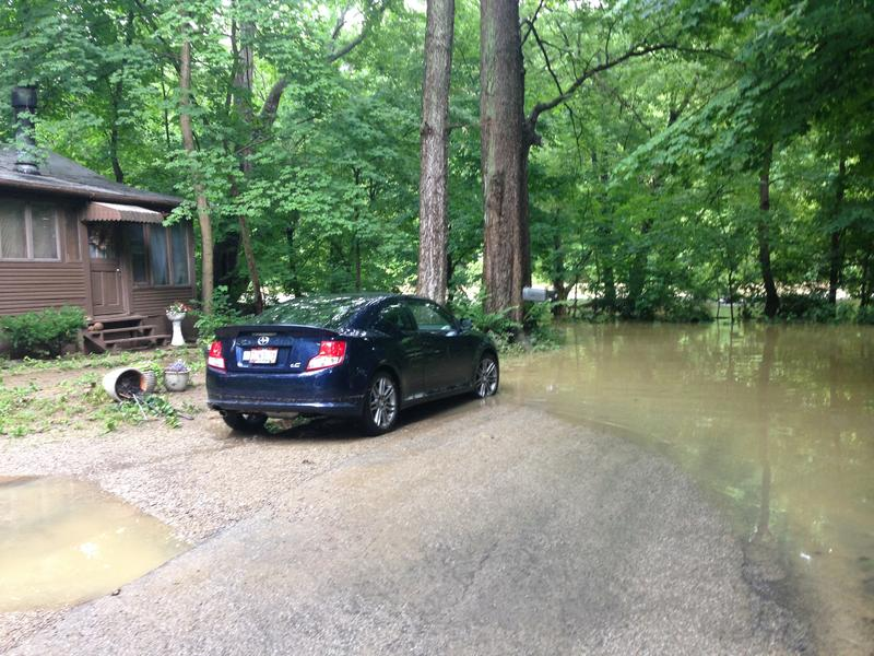Homes near the Olentangy river and 270 flooded early Thursday morning after heavy storming.