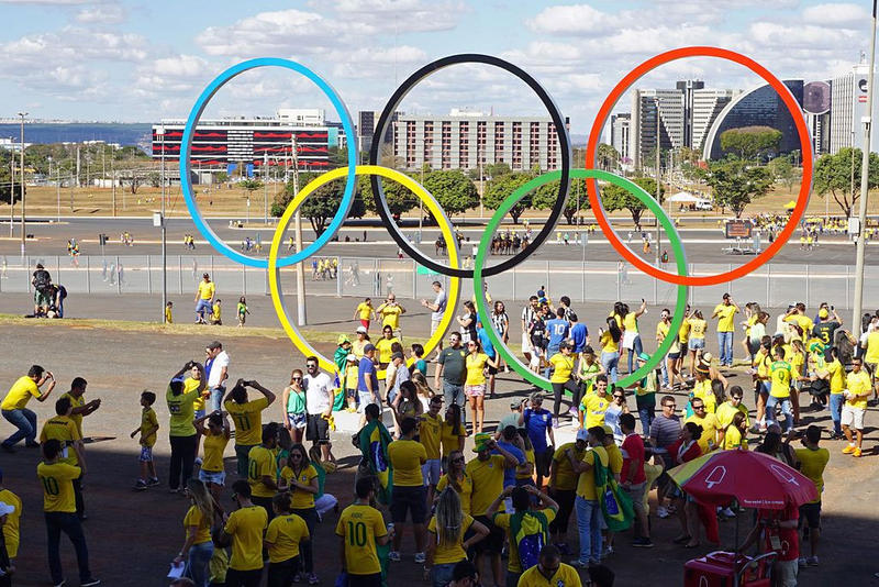 : Olympic rings at Mane Garrincha stadium, Brasilia. 2016 Summer Olympics
