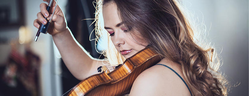 Alexandra Conunova makes her U.S. debut this weekend in two performances with ProMusica Chamber Orchestra.