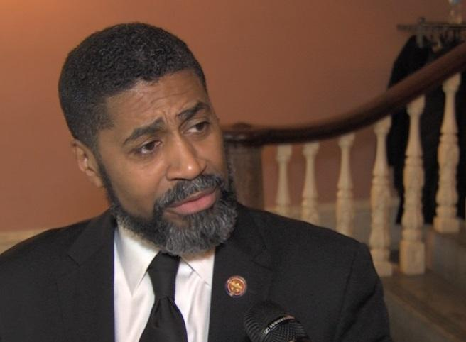 House Minority Leader Fred Strahorn (D-Dayton).