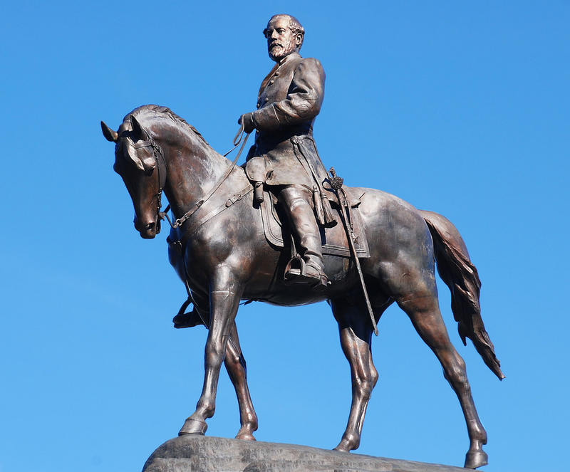 General Robert E. Lee Monument in Richmond, Virgina