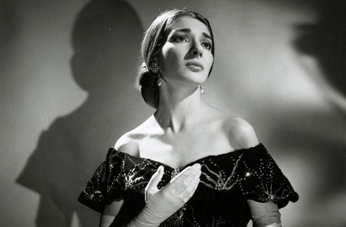 Maria Callas sings the part of Violetta in La Traviata.