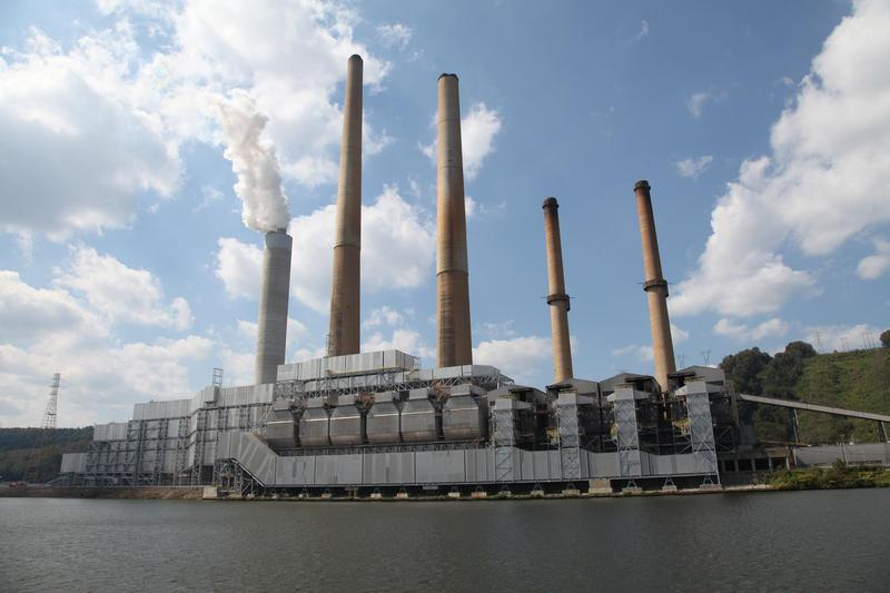 FirstEnergy's Sammis plant in Stratton, Ohio.