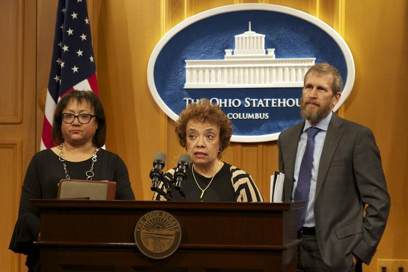 State sen. Charleta Tavares introduces a bill aimed at lowering drug prices.