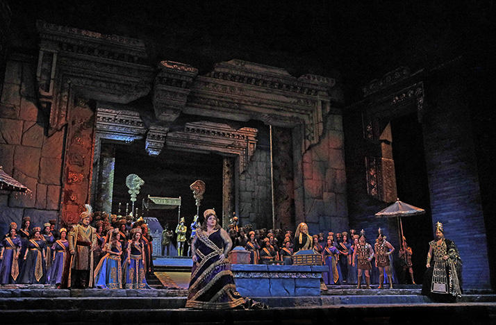 A scene from Act I of Rossini's 'Semiramide,' with Angela Meade in the title role
