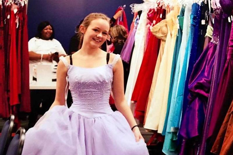 A young woman falls in love with a dress to wear on her prom night