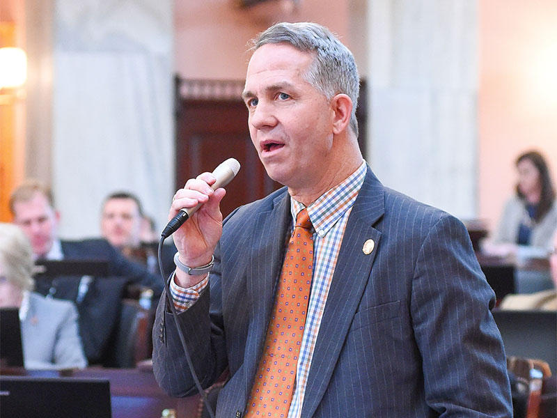Rep. Andy Thompson (R-Marietta) speaks on the floor of the Ohio House