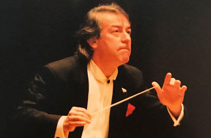 Alessandro Siciliani conducted the Columbus Symphony Orchestra from 1992-2003.