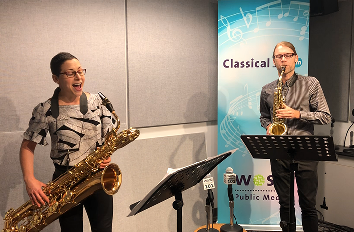 Ogni Suono saxophone duo in the Classical 101 studios