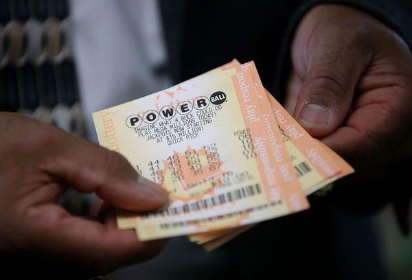 Officials to announce Florida Powerball winners