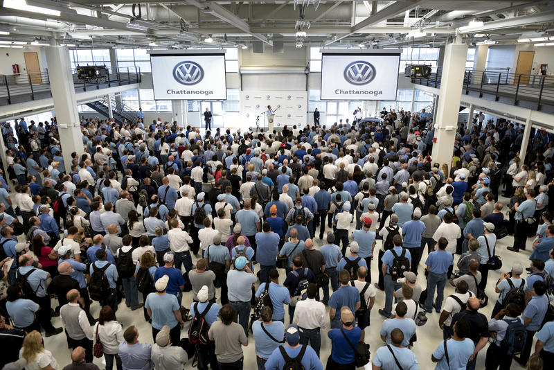 Tennessee Governor Bill Haslam met with hourly employees at Volkswagen's Chattanooga plant October 7 in the wake of the company's emissions cheating scandal.