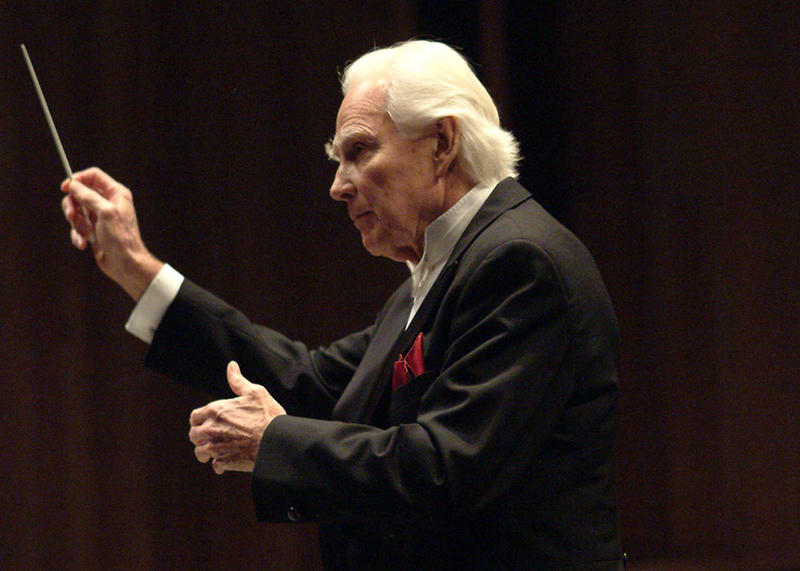 Kenneth Schermerhorn conducted the Nashville Symphony from 1983 to 2005.