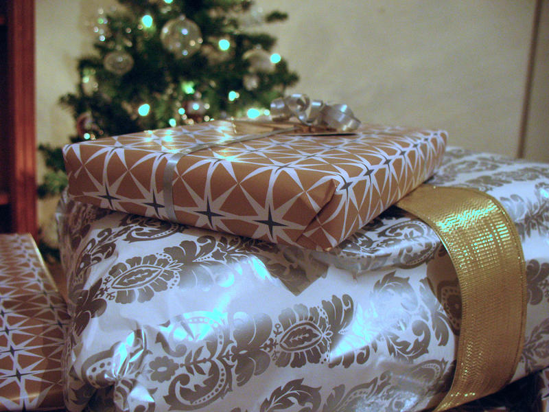 Americans bought $7.5 million in wrapping paper in 2016, according to Sundale Research.