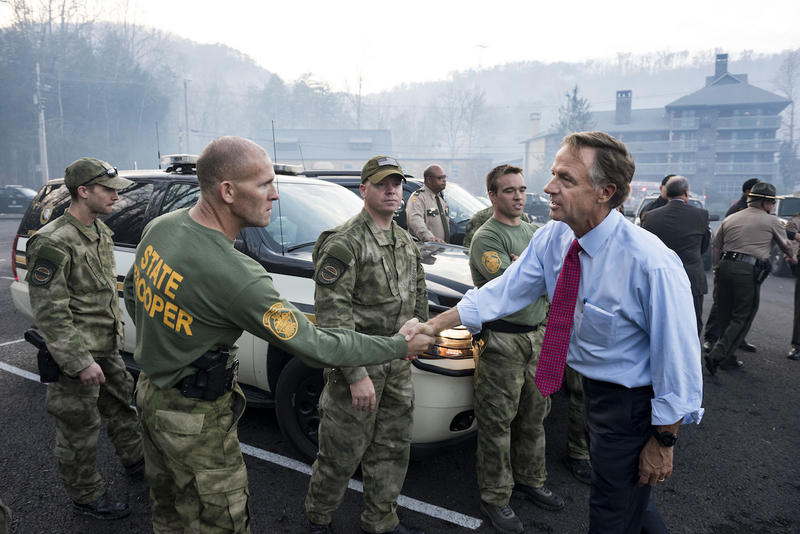 Gov. Bill Haslam meets with emergency responders following the Gatlinburg wildfires.